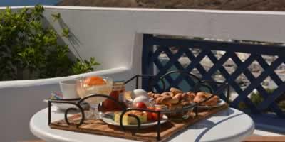 belvedere_studios_astypalaia_breakfast_400-200-1